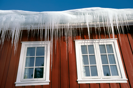 ice-roof-leak