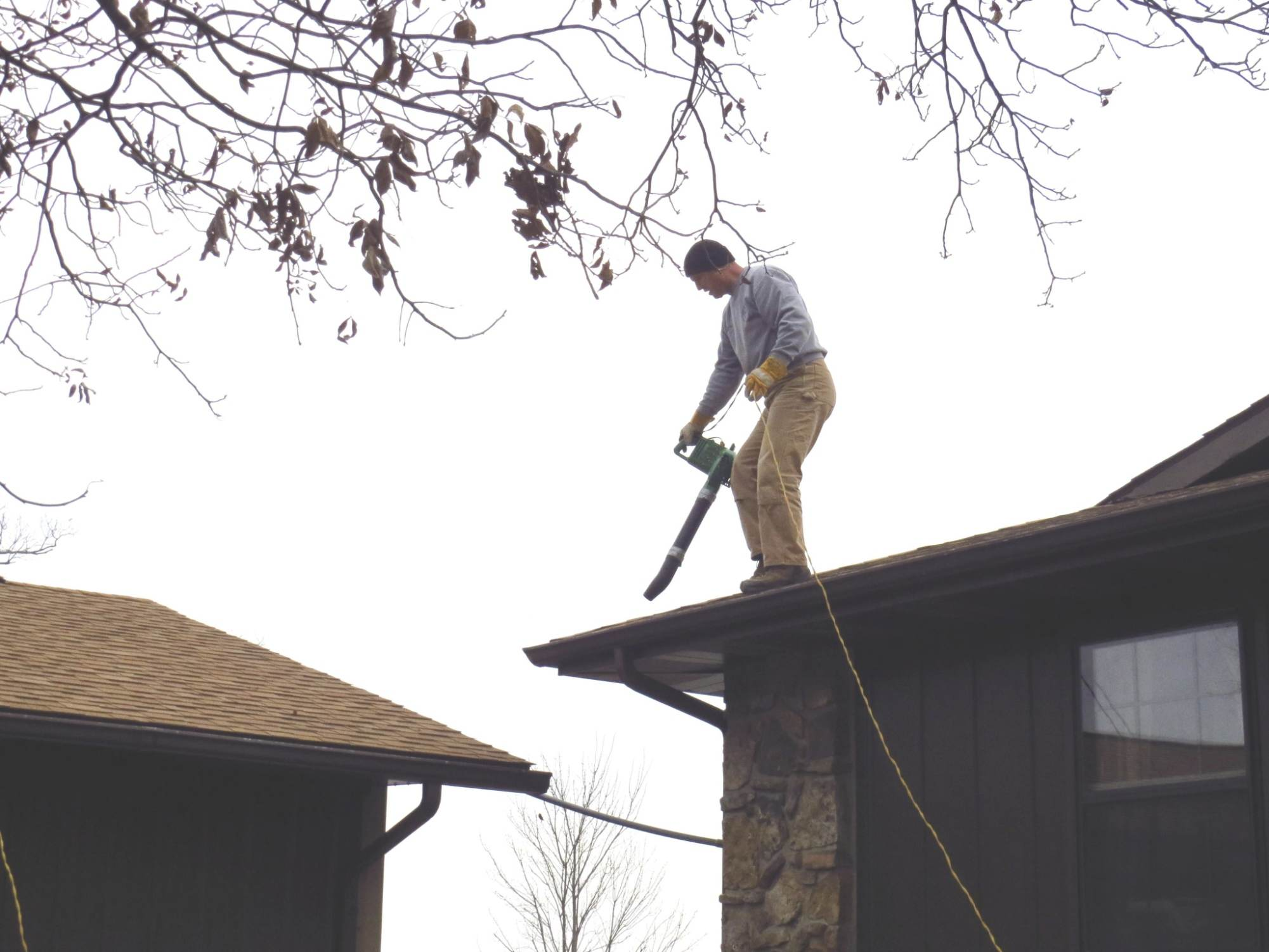 winterizing home to avoid flooding and mold damages